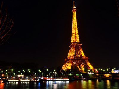 Cheap flights from PHL to CDG Paris France